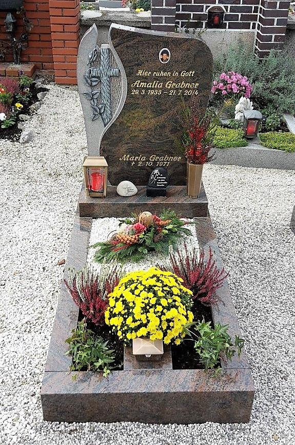 Einzelgrab Steinmetz Meindl Mondsee (56)